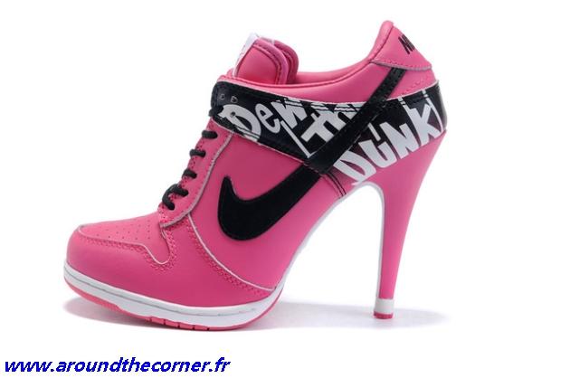 chaussure a talon nike rose