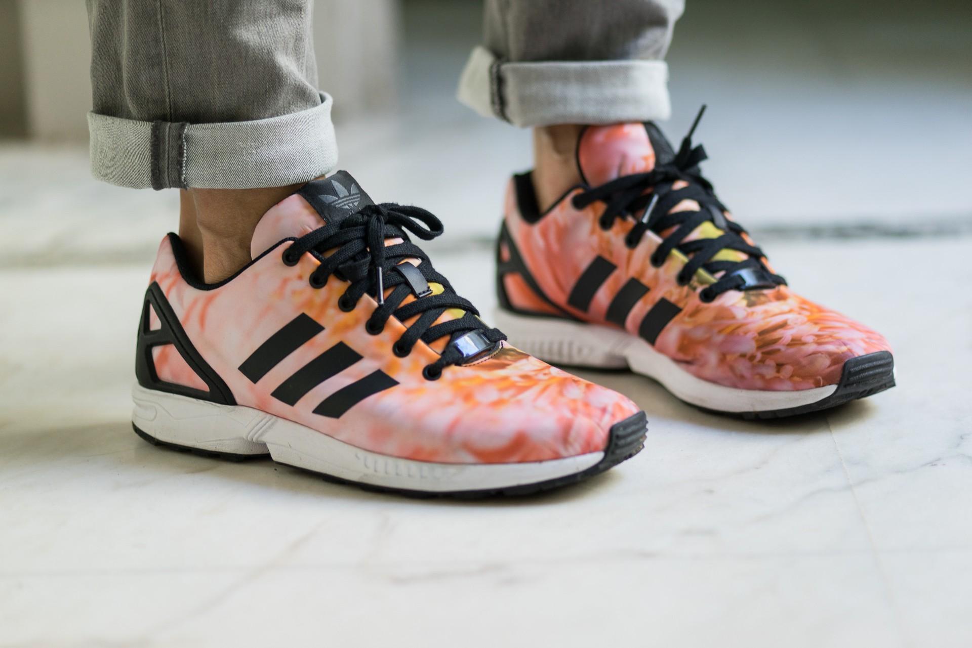chaussure femme adidas fleur